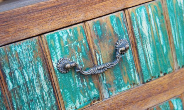 Vintage styl + návod, jak patinovat nábytek. Udělejte ze starého nábytku krásný nábytek s patinou!